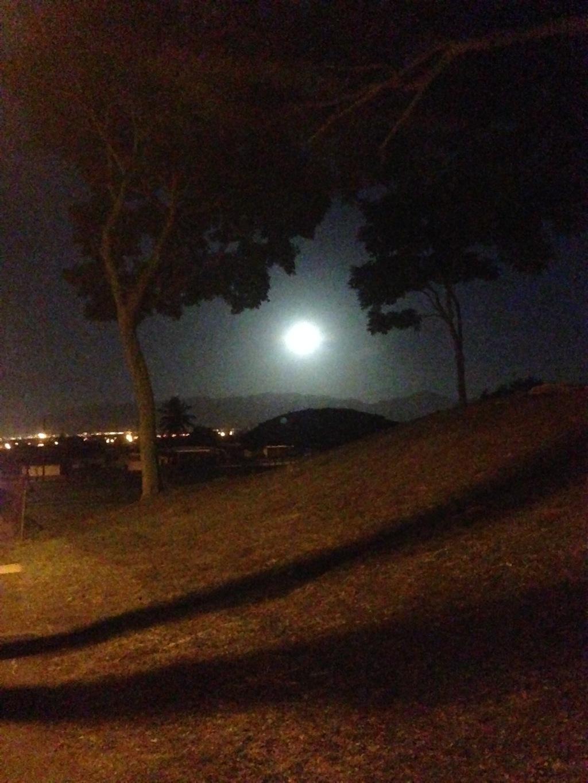 2016 Full Moon over Pearl City, Hawaii